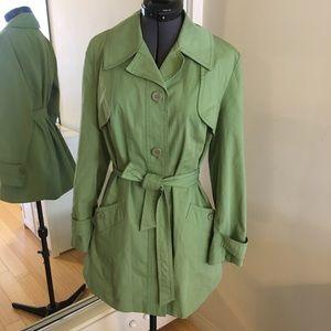 Vintage lightweight green trench